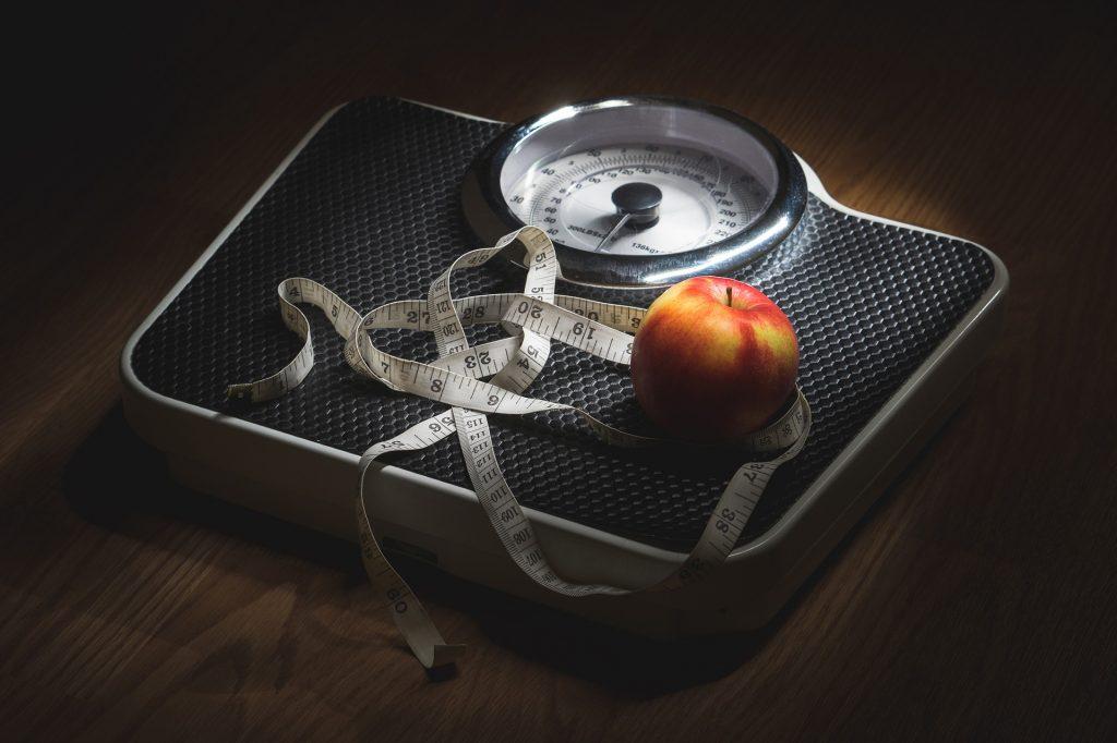 Ønsker du å gå ned i vekt men får det ikke til? Forbrenningen din styres av hormoner. Du kan forbrenne fett uten å sulte og trene hardt.